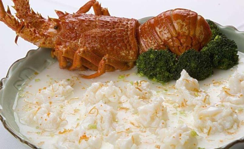 煲王粤菜餐厅加盟