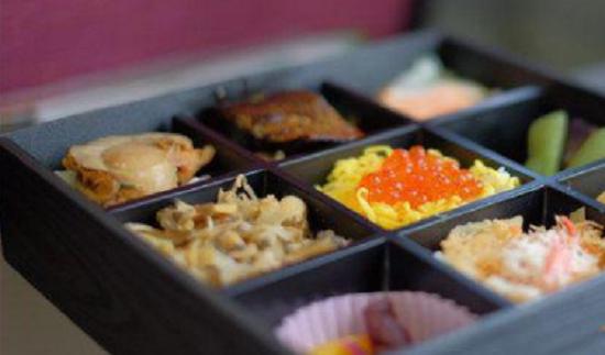 吃一次日本料理多少钱