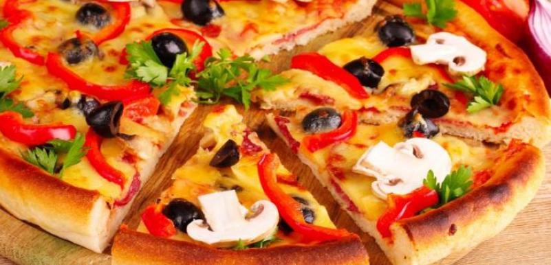 爱八寸披萨加盟
