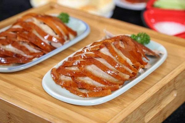 北京片皮烤鸭怎么样?