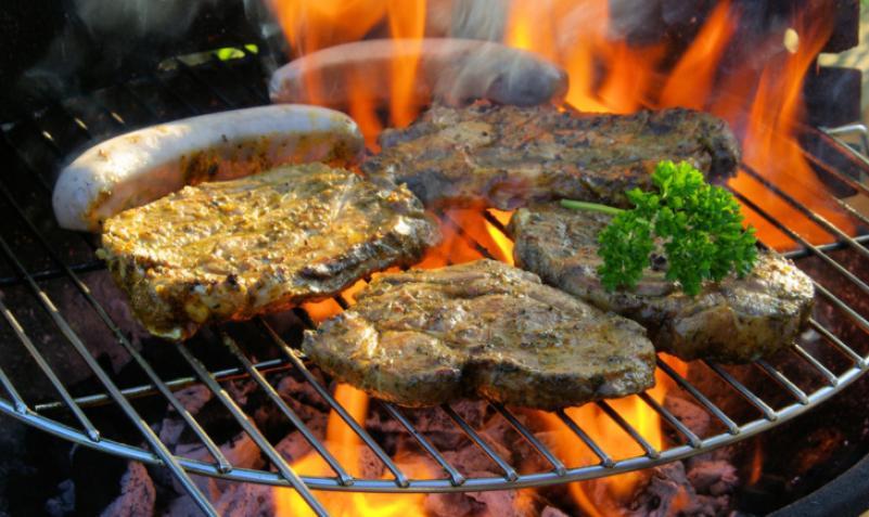 炭火烤肉加盟