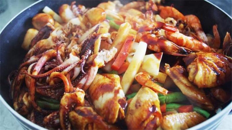 虾兵蟹将海鲜焖锅加盟