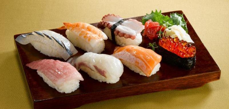 阿DU回转寿司加盟