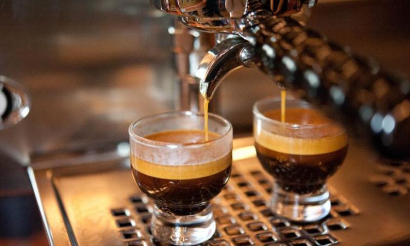 這里那里咖啡加盟