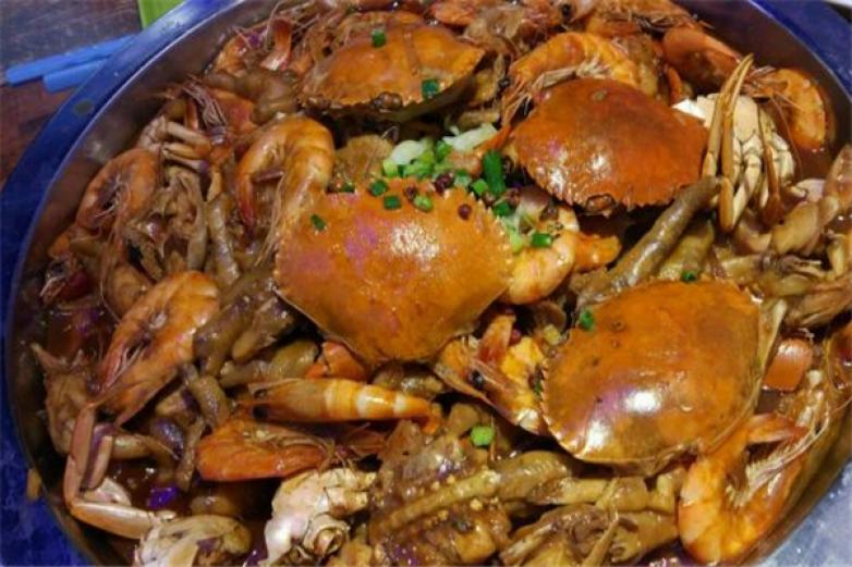 醉美时尚肉蟹煲加盟