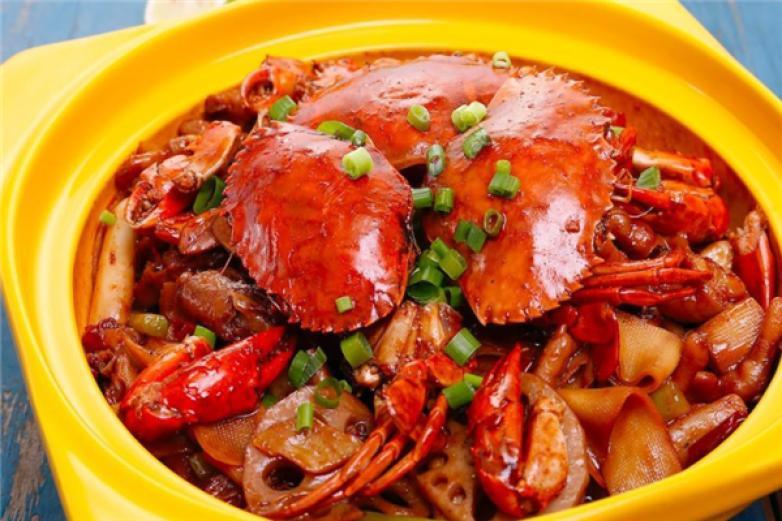春哥肉蟹煲加盟