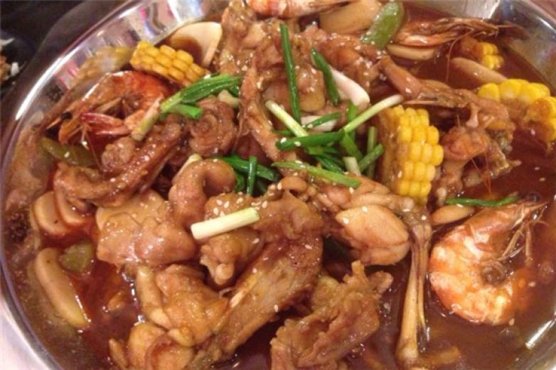 蟹名堂肉蟹煲加盟