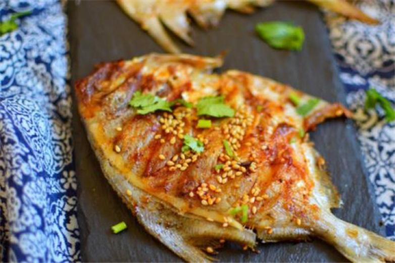 碉堡烤鱼加盟