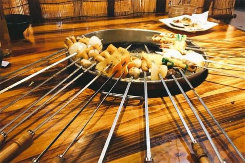梁山水滸烤肉加盟