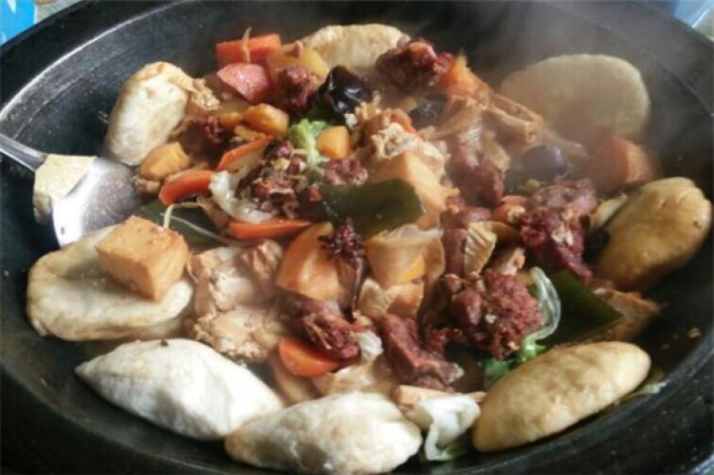 人民公社铁锅炖菜加盟