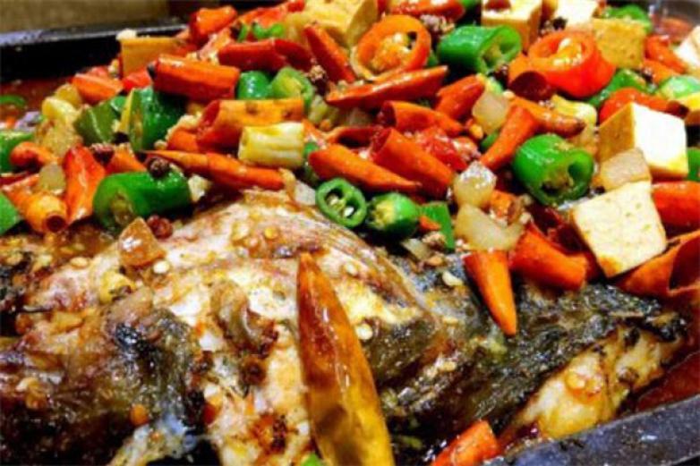 藤椒烤鱼加盟