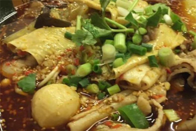 竹篓香冒菜加盟