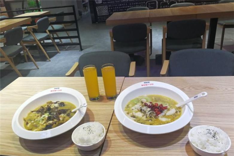 韩梅梅酸菜鱼米饭加盟