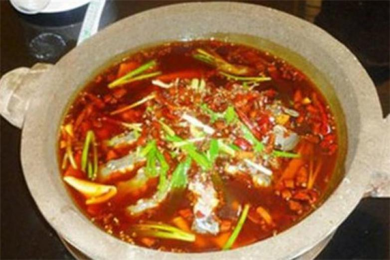 乾隆石锅鱼加盟