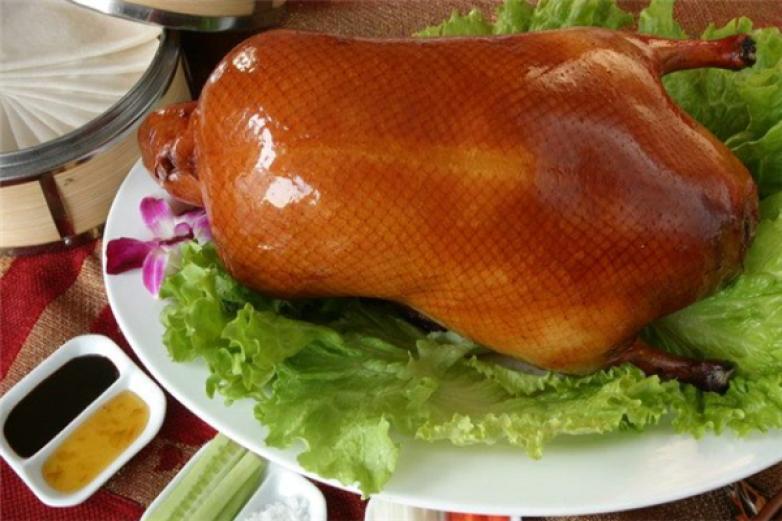 北京片皮烤鸭加盟