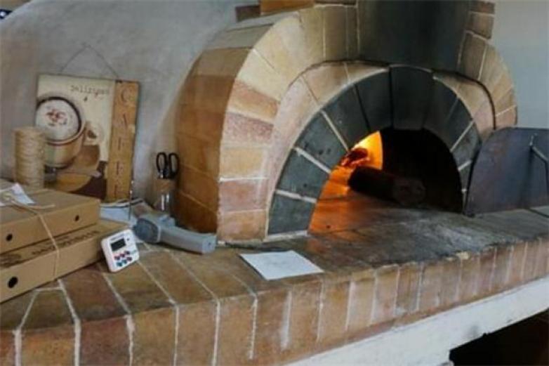 窑烤披萨加盟