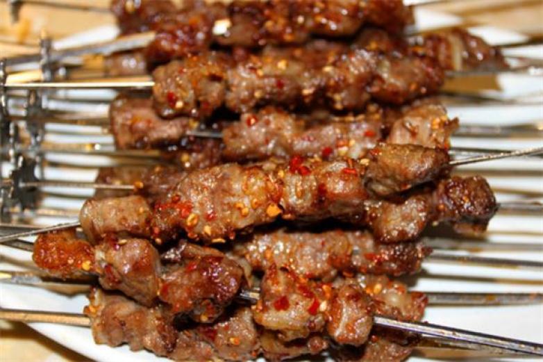 羊肉串烧烤加盟