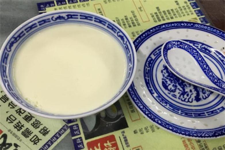 黄氏正轩牛奶甜品专家加盟