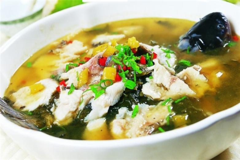 强记酸菜鱼加盟