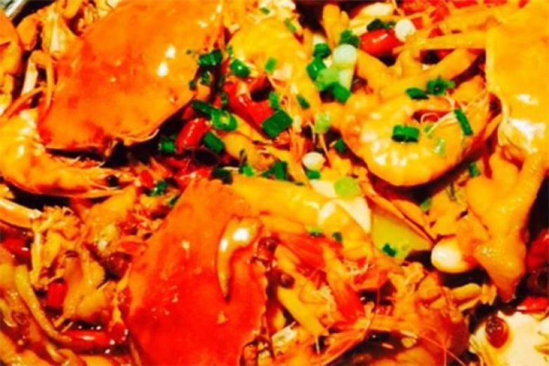 阿��肉蟹煲加盟