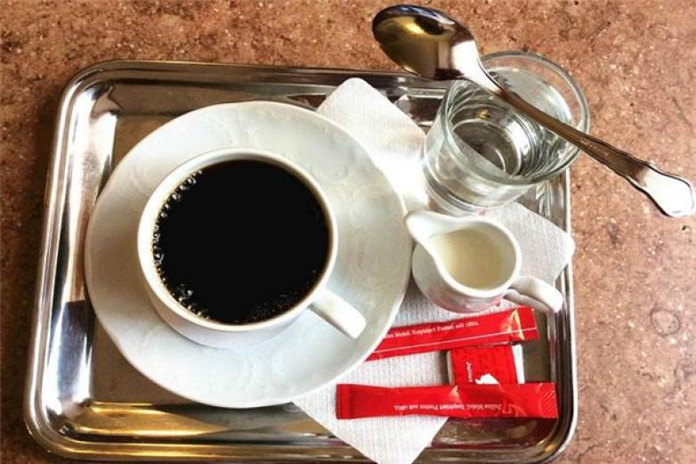 �典咖啡加盟