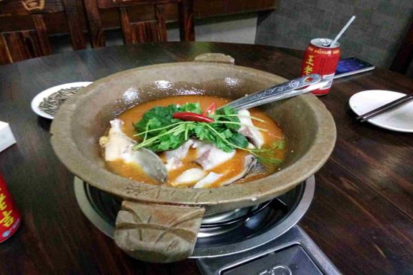 九門寨石鍋魚怎么加盟