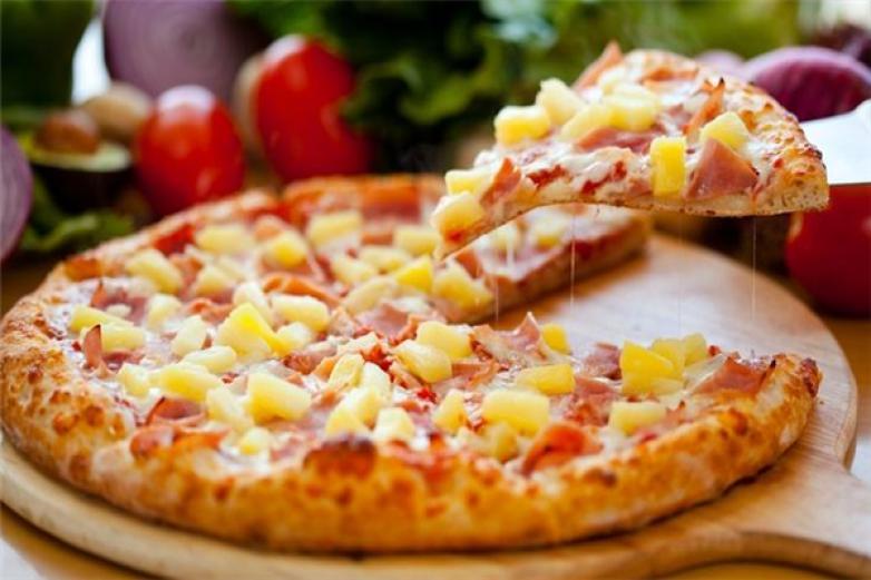 异度披萨加盟
