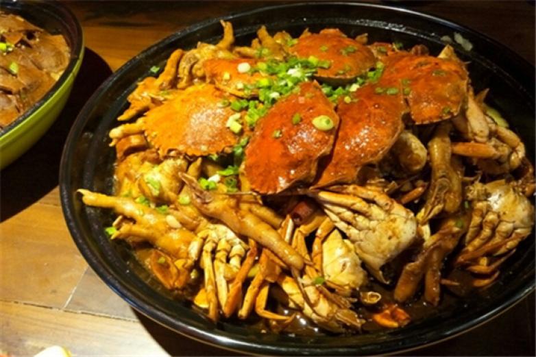 怪三汁肉蟹煲加盟