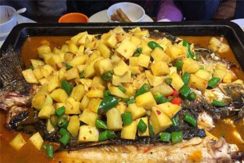 百岁烤鱼加盟