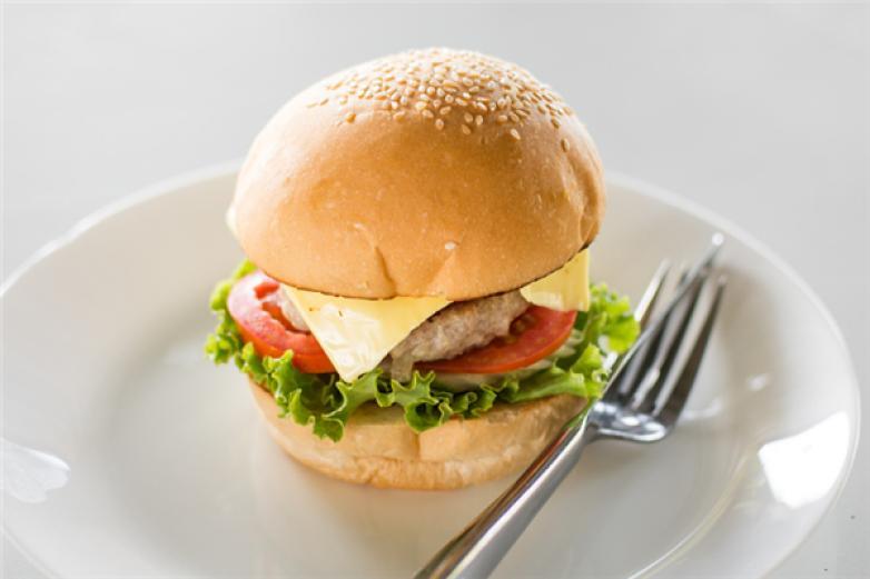 漢堡小妮加盟