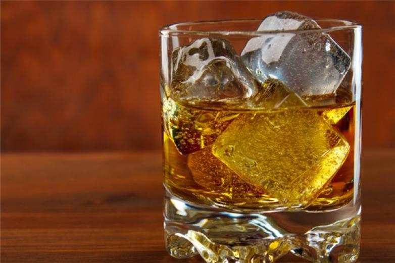 威士忌加盟