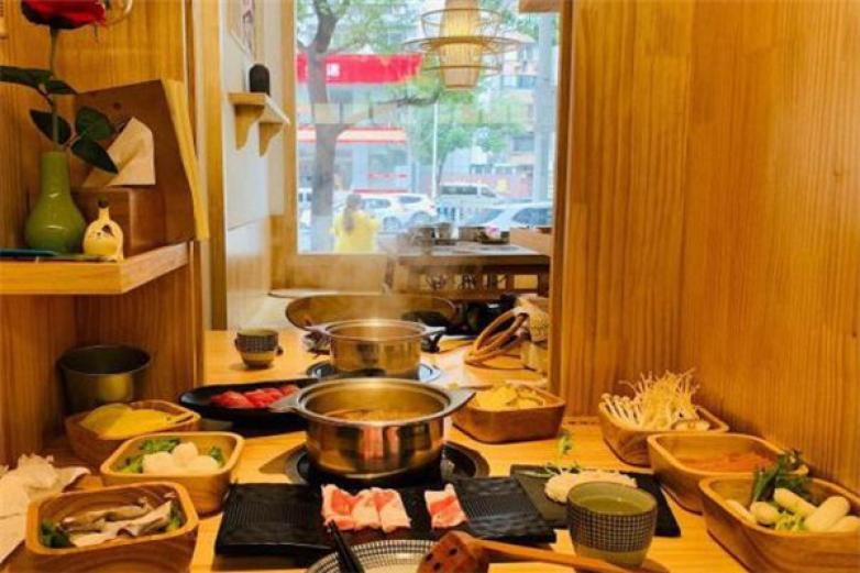 界線鍋物料理加盟