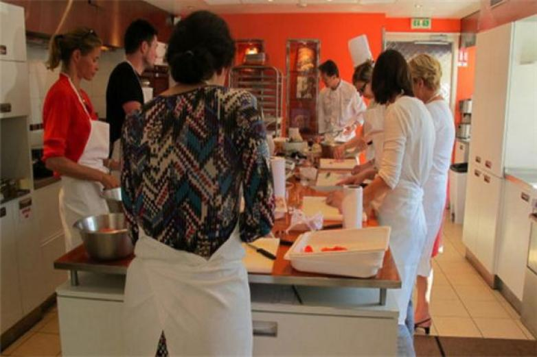 香榭麗舍烘焙加盟