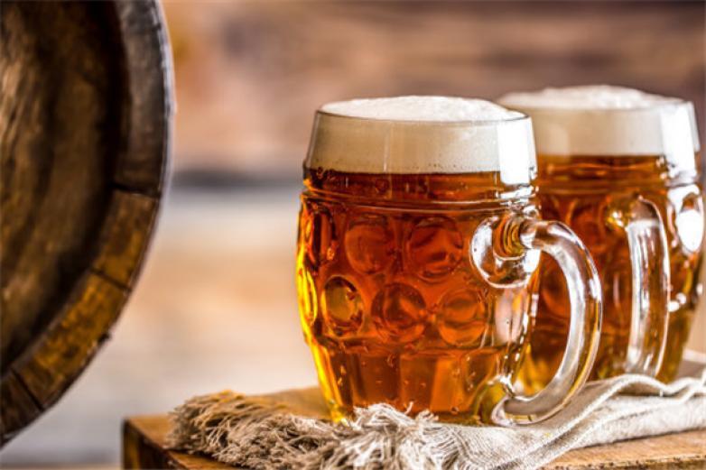 �p鹿啤酒加盟