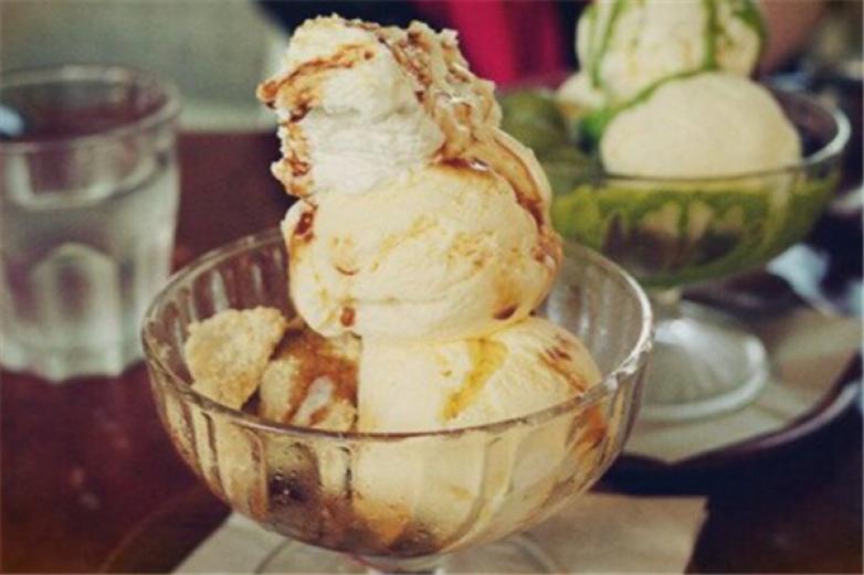 妈妈咪呀冰淇淋加盟
