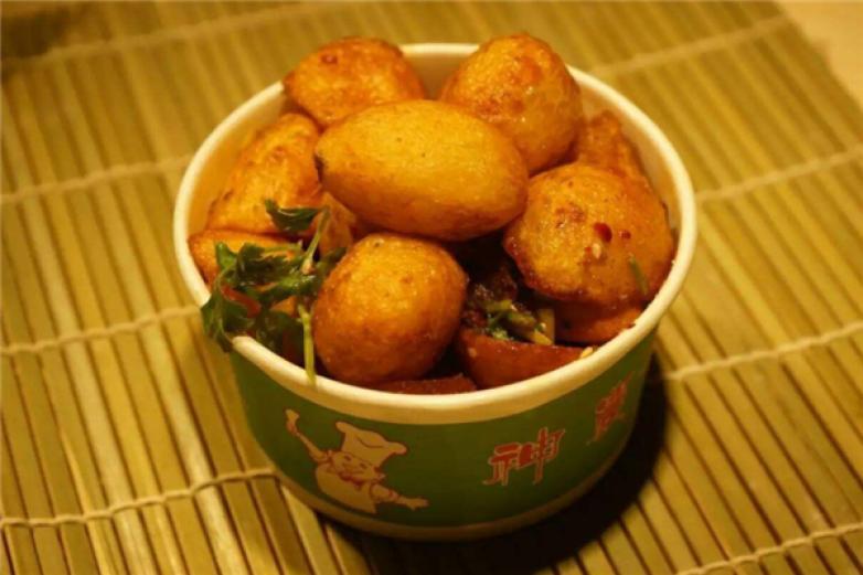 山阿妹架炕小土豆加盟