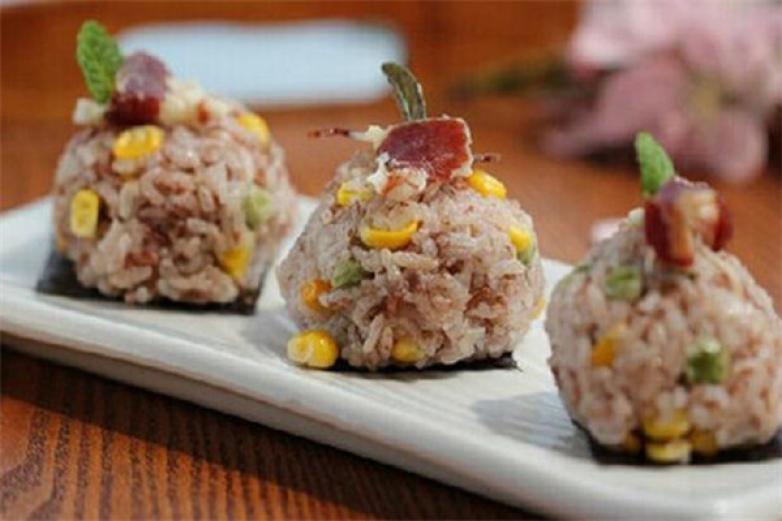 特色寿司加盟