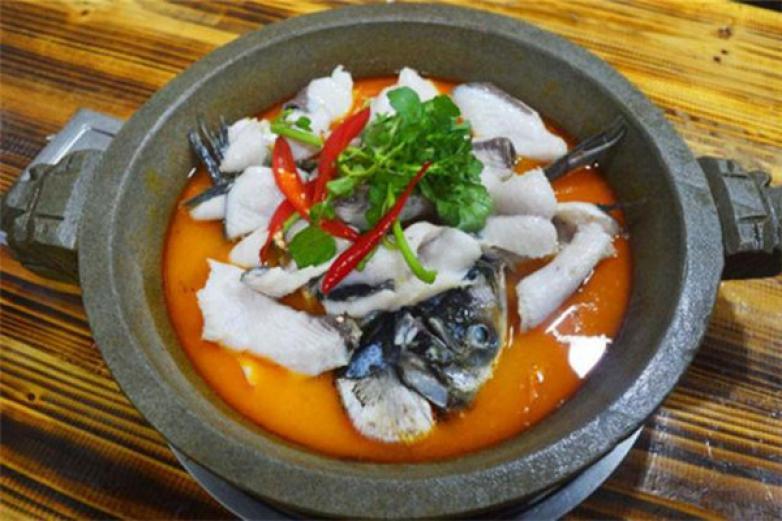 红满天石锅鱼加盟
