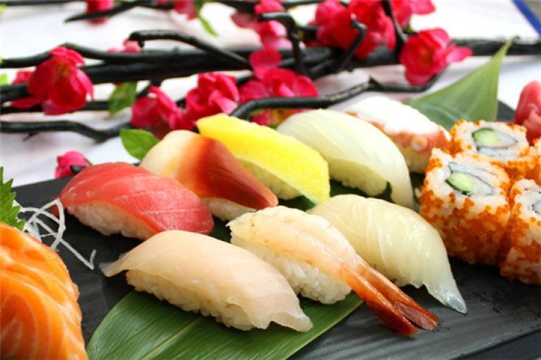 鱼天地日本料理加盟