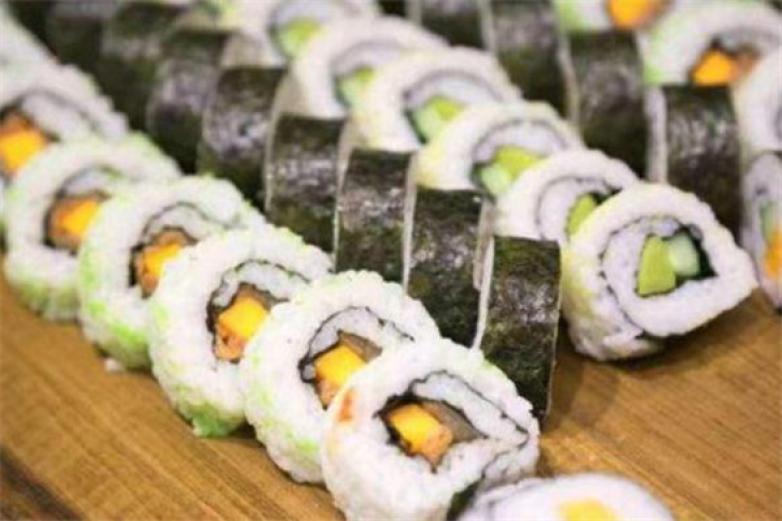 黑眼熊寿司加盟