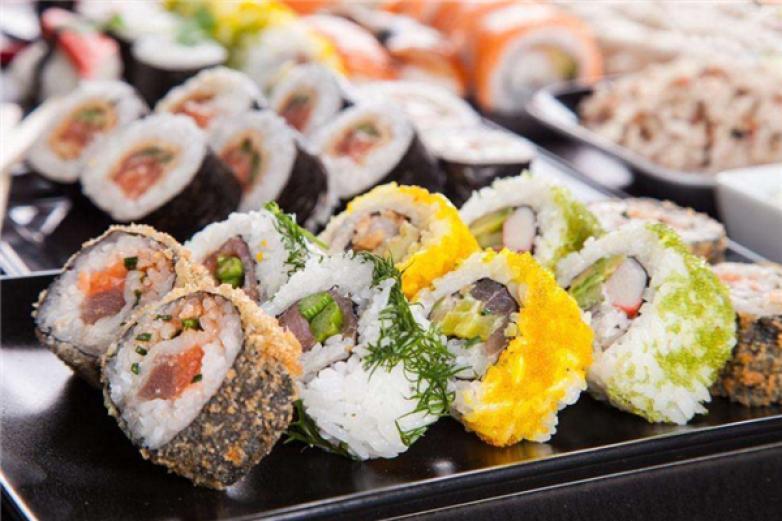 奈明寿司加盟