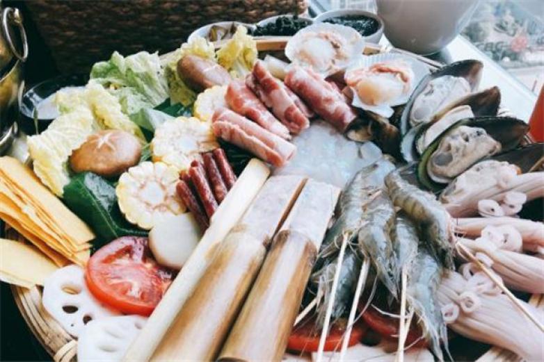 突卡突卡泰式海鲜火锅加盟