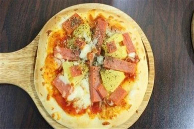 百变披萨加盟
