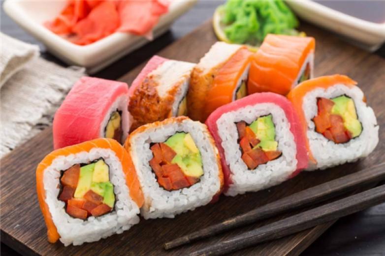 品鲜寿司加盟