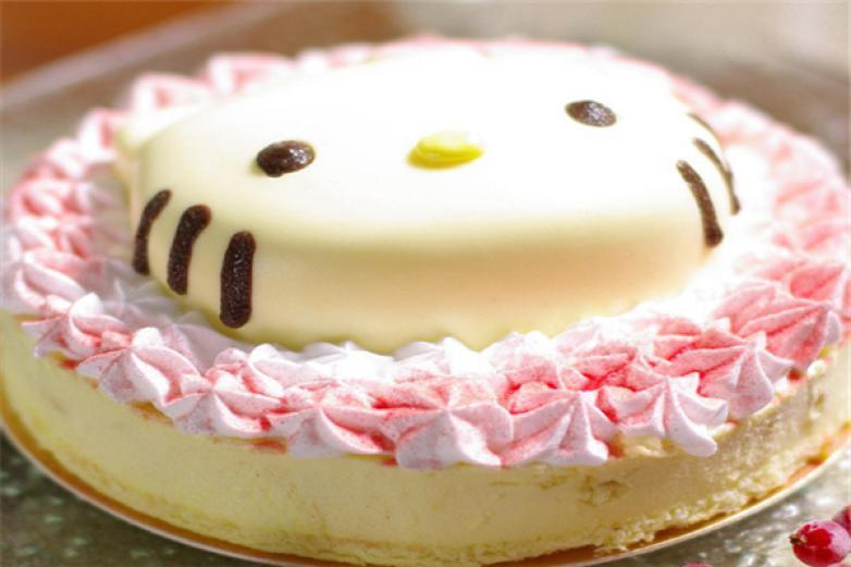 几分甜烘焙工坊蛋糕店加盟