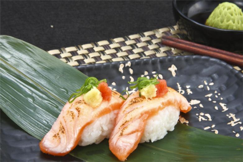 坂竹日式料理加盟