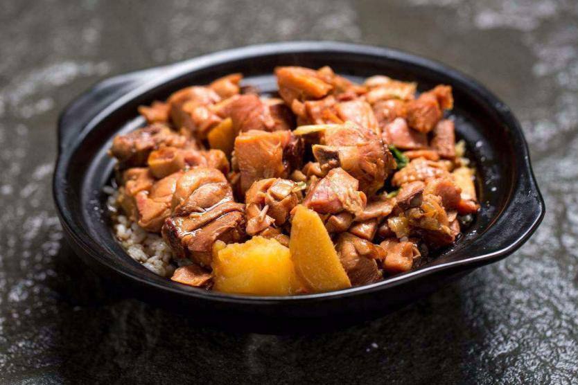 正宗黄焖鸡米饭加盟