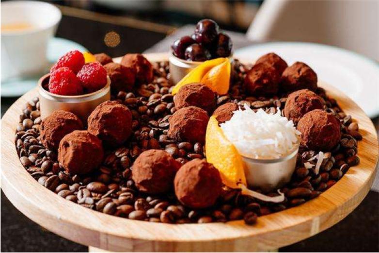 法芙娜巧克力加盟