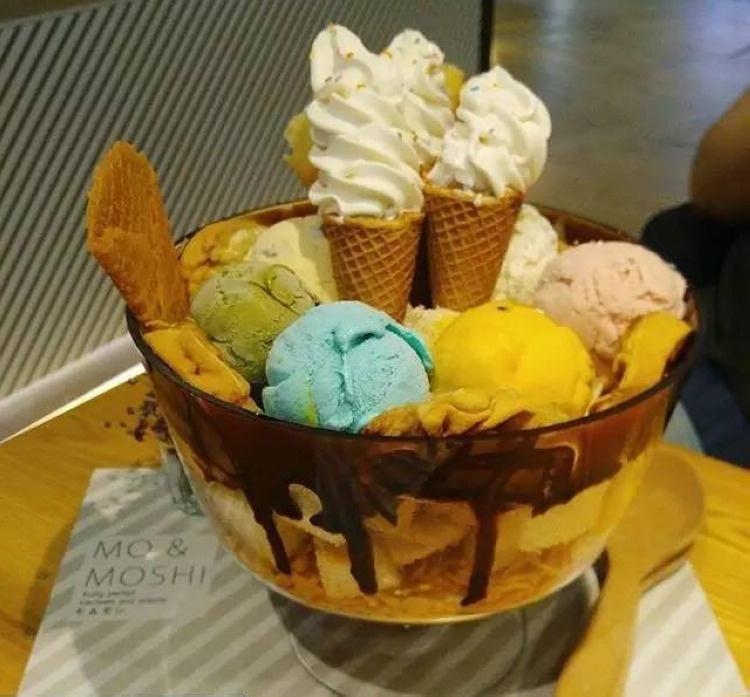巨无霸冰淇淋
