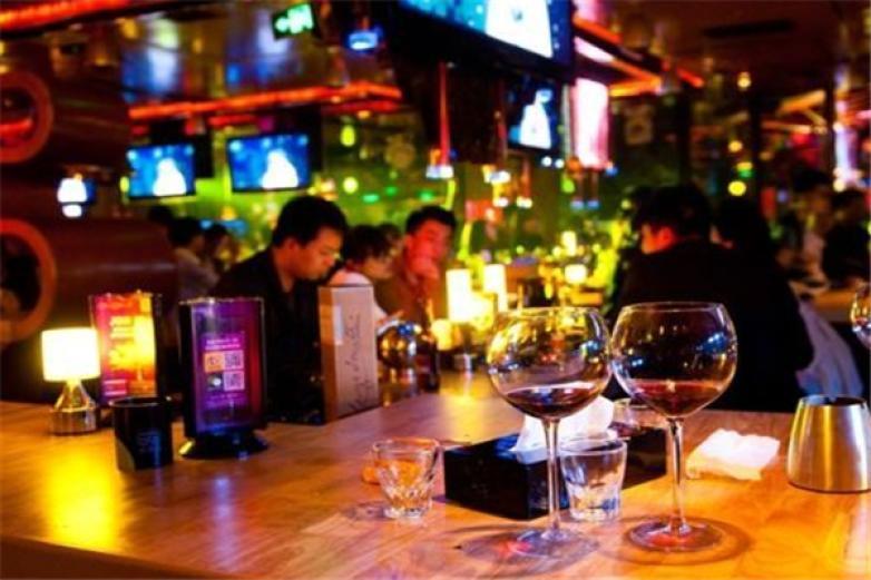 美高美酒吧加盟